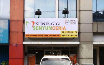 Billboard Klinik Gigi